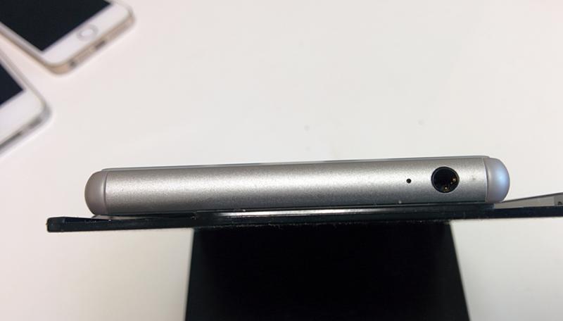 厚さ0.3mm